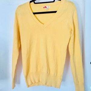 Forever 21 Women's Long Sleeve Yellow Sweater Size